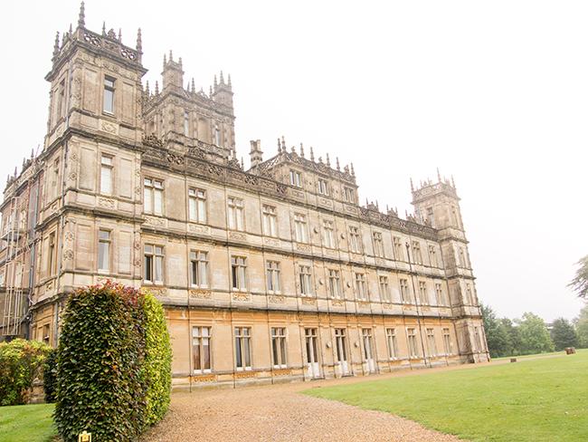 highclere castle le ch teau de downton abbey blog lili. Black Bedroom Furniture Sets. Home Design Ideas